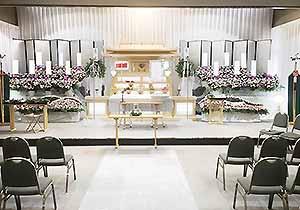 朝霞市斎場祭壇施工例4